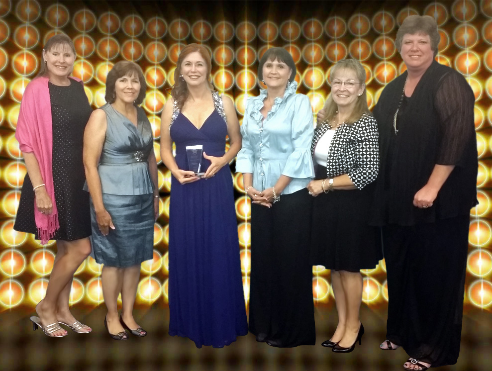 Vicki Richards Upchurch Represents Council of Business Women at the Women of Excellence Gala